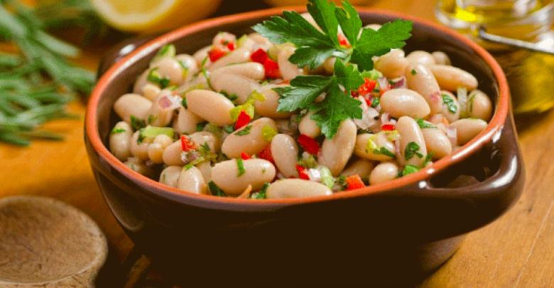 Photo of سلطة الفاصوليا اليابسة العريضة: شهية وصحية على مائدة الغداء