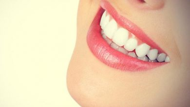 Photo of خلطات طبيعية لأسنان لامعة وابتسامة مشرقة
