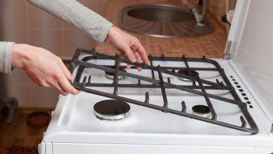 Photo of الطريقة الصحيحة لتنظيف دهون وشحوم شباك الغاز!