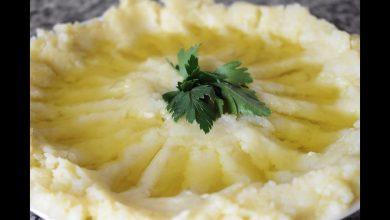 Photo of اسهل طريقة لعمل هريس البطاطا بالثوم وزيت الزيتون (فيديو)