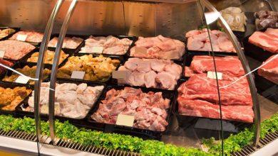 Photo of لهذا السبب، إياك أن تشتري اللحوم من ثلاجة السوبرماركت بعد اليوم!